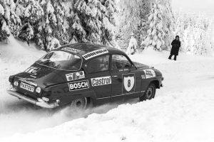 Stig Blomqvist, Saab V4